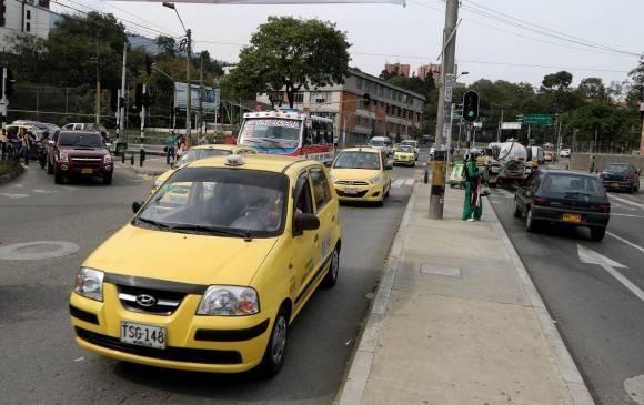 Cambios en semáforos buscan reducir tacos