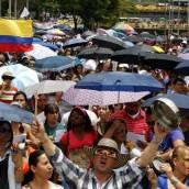 Con caravanas y plantones continúa paro de maestros en Antioquia