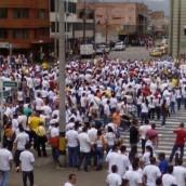 Comerciantes de sanandresitos en Medellín volverán a marchar este jueves