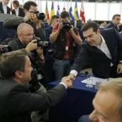 Grecia entregó tercer programa de ayuda al fondo de rescate