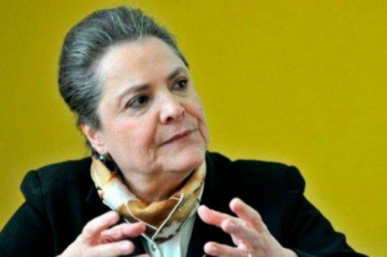 Polo Democrático acepta renuncia de Clara López como su presidenta