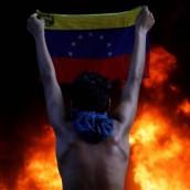 Van 73 muertos en toda Venezuela.