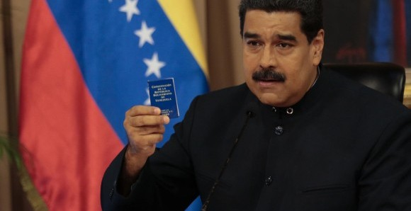 La Corte Penal Internacional recibió denuncia contra Maduro.