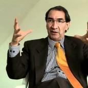 AURELIO SUÁREZ, ECONOMISTA, DOCENTE UNIVERSITARIO, COMENTARISTA Y COLUMNISTA EN VARIOS MEDIOS.