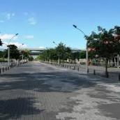 Medellín le apuesta a la movilidad peatonal, pero el reto es mayor.