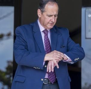Juan Camilo Restrepo dejará la mesa de diálogos con el Eln.