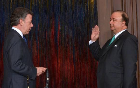 Luis Carlos Villegas es el nuevo ministro de Defensa