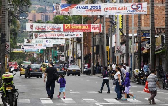 Publicidad política invade las vías de los municipios del sur