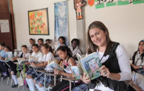Antioquia trabaja por reivindicar a todos sus maestros escolares
