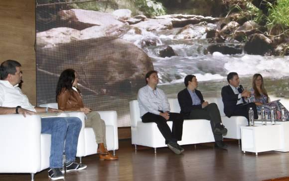 Formalizan gran alianza para recuperar el río Medellín-Aburrá