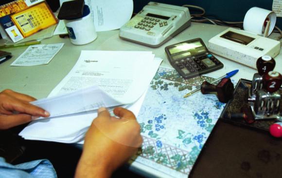 Adiós a la escritura de notaría, un plan que ahorra un billón de pesos.