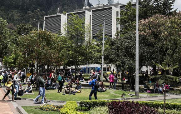 """MINEDUCACIÓN RESPONDE SOBRE """"PILOS"""" RECHAZADOS EN LA UNIVERSIDAD DE LOS ANDES"""